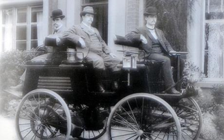 1st Electric Car